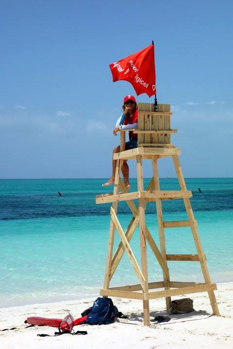 lifeguard_digicelcorporatebeachgames_2013_provoswimschool_isr_turksandcaicos